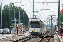 Tram à l'arrêt de Nieuwpoort Beach