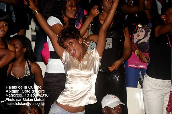 Concert de DJ Arafat au Palais de la Culture, Abidjan, Côte d'Ivoire, 13.08.2010 (3742)
