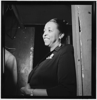 [Portrait of Ethel Waters, New York, N.Y.(?), between 1938 and 1948] (LOC)