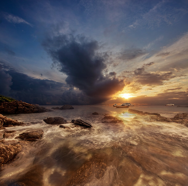 Sunset @ Raya Island ::Vertorama