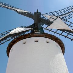 church bell(0.0), tower(0.0), windmill(1.0), mill(1.0), wind(1.0),