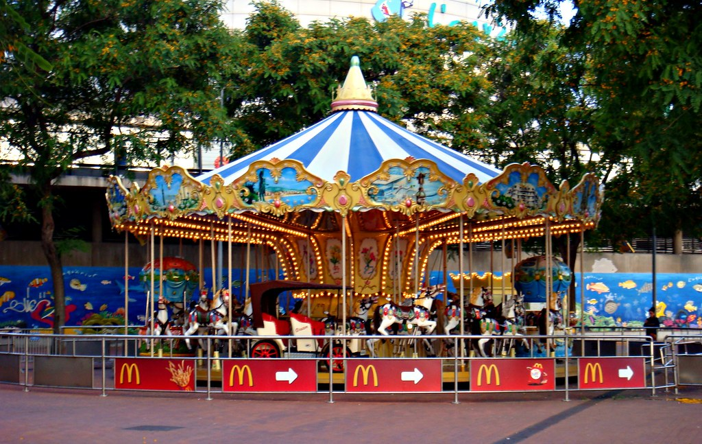 Carousel in Barcelona - Carousels in Europe