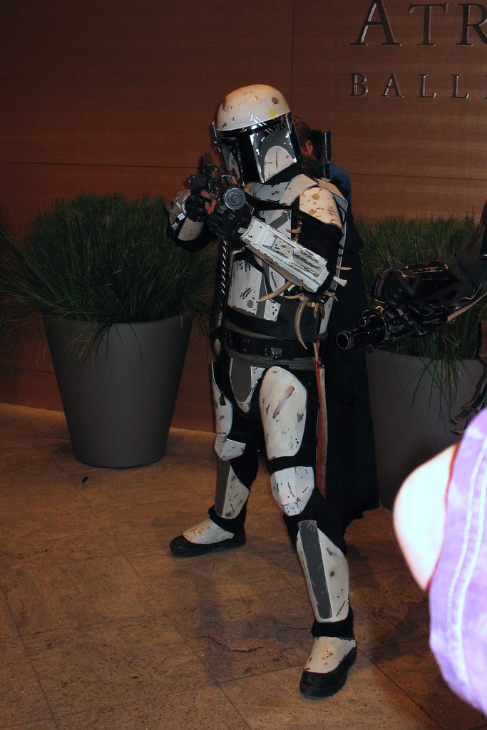 Mandalorian Armor - a photo on Flickriver
