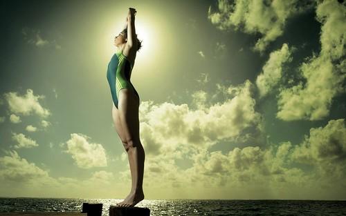 [フリー画像素材] 人物, 女性 - アジア, スポーツ, ウォータースポーツ, 飛込競技 ID:201303191400