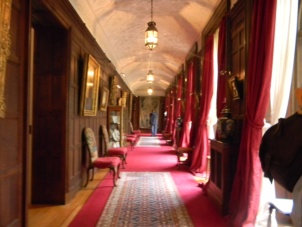Inside - one of the corridors Effingham Junction to Westhumble Polesden Lacey