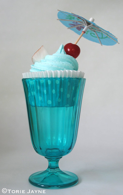 Blue Hawaii Cupcake