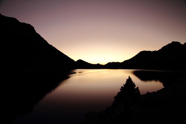 Aube sur le barrage du Cap de Long