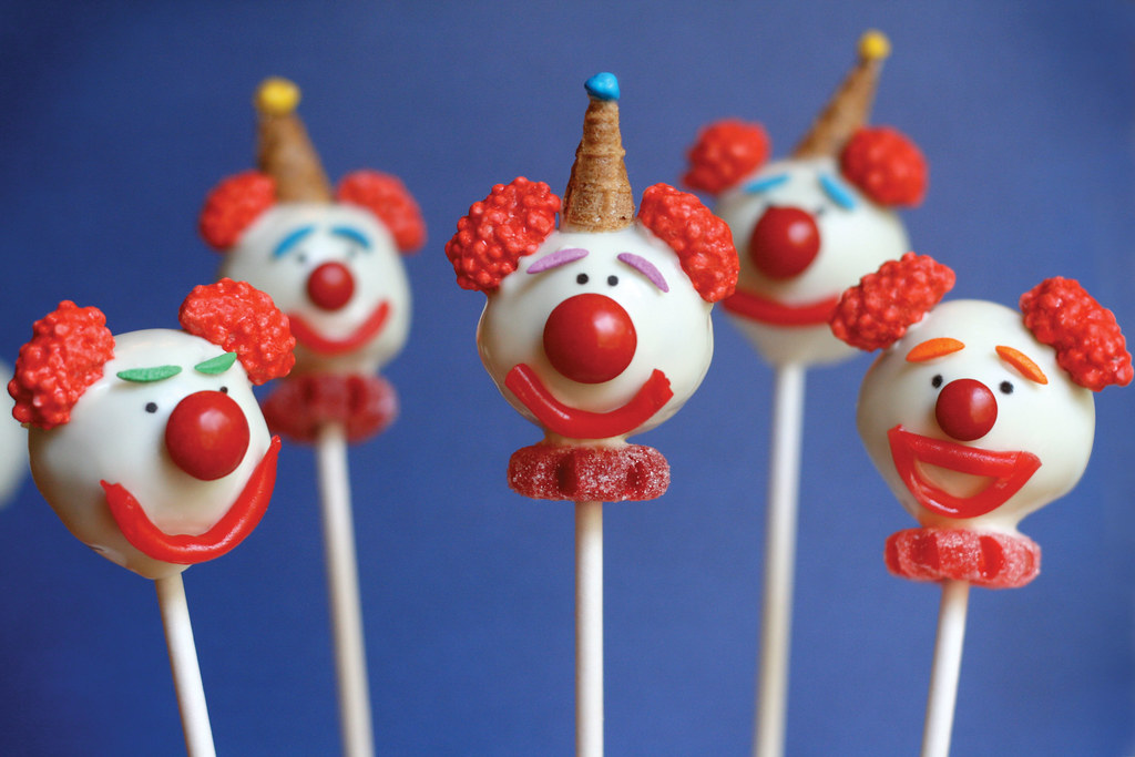 Images De Cake Pops : Clown cake pops by Bakerella and Cake Pops cookbook ...