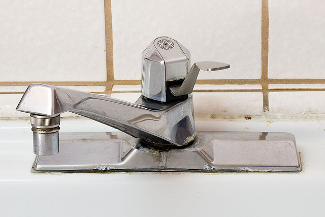 my old kitchen faucet an old moen 7650 by pointnshoot