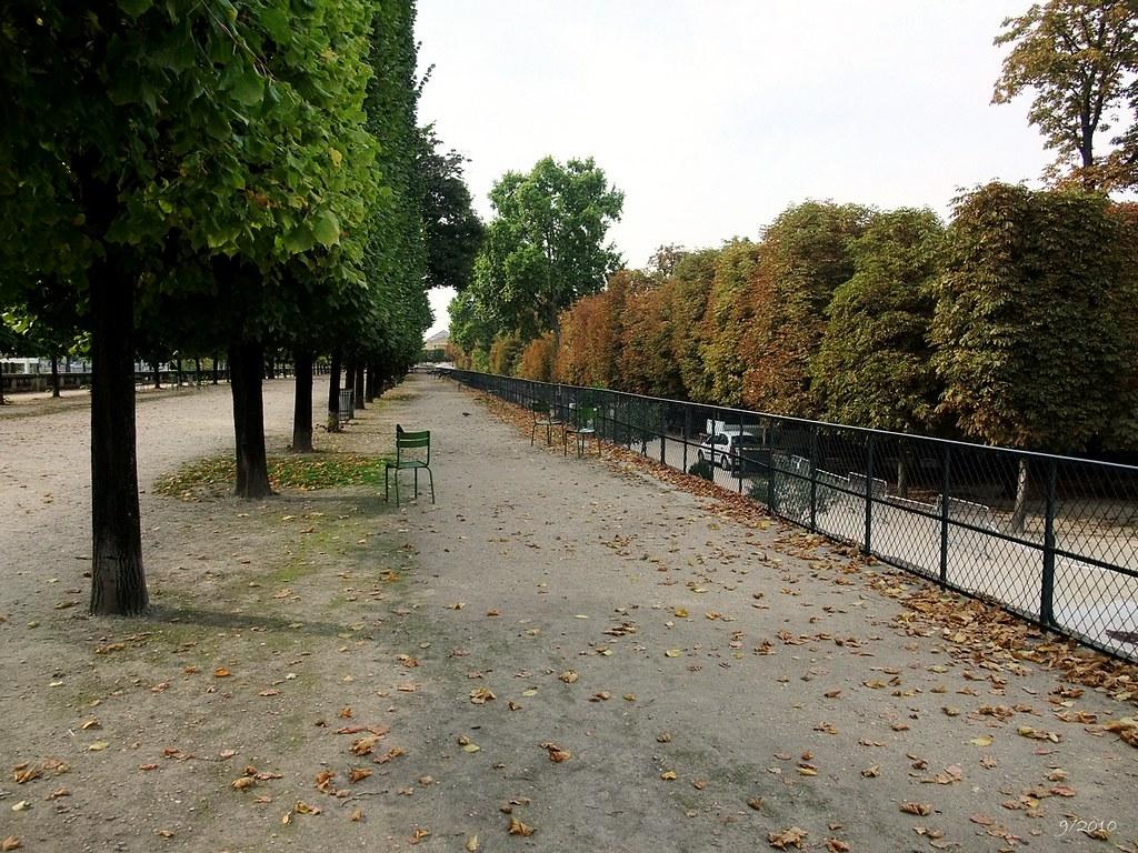 Terrasse du bord de l 39 eau jardin des tuileries paris for Terrasse jardin 78