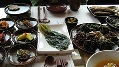 hot pot(0.0), mussel(0.0), meal(1.0), banchan(1.0), seafood(1.0), food(1.0), dish(1.0), southeast asian food(1.0), cuisine(1.0),