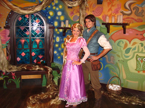 Meeting Rapunel and Flynn Rider at the Tangled Meet-And-Greet in Fantasyland