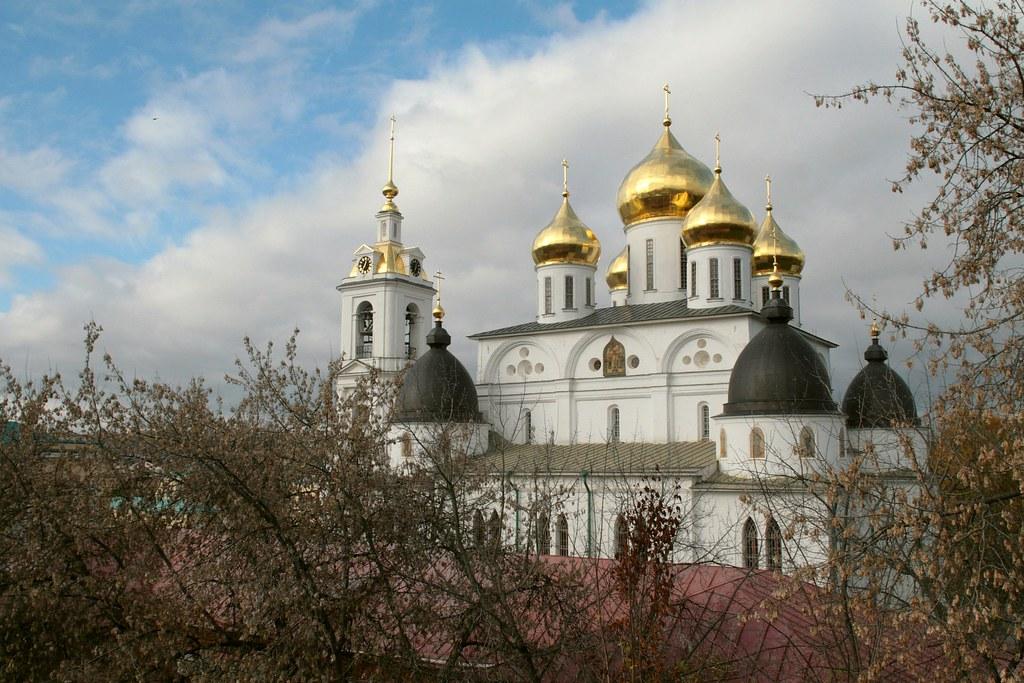 Достопримечательности России Пушкинские Горы  Travelru