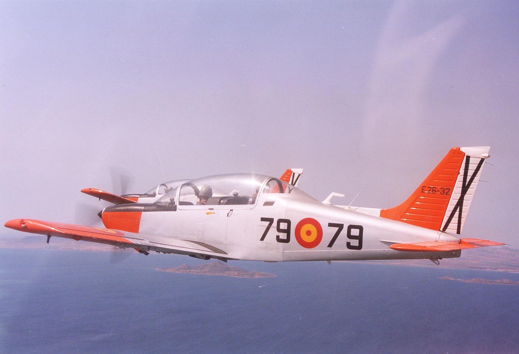 Dibujo del perfil de la aeronave Enaer T-35C -Tamiz- (E-26)