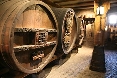 tourist attraction(0.0), ancient history(0.0), wood(1.0), barrel(1.0), winery(1.0),