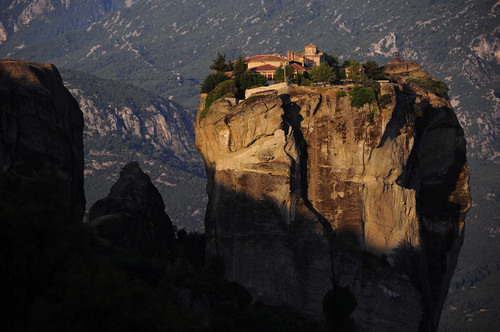 world travel light wallpaper sunrise rocks europe cliffs unesco greece monastery getty worldheritage shah meteora trekker luminosity saumil worldtrekker luminosityandlight agiostriadhos saumilshah