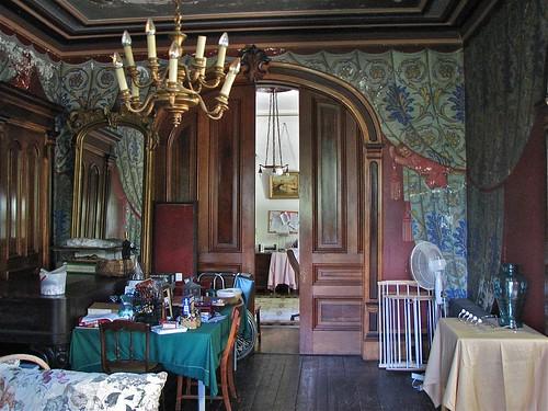 Shard Villa (1872-1874) – interior: trompe l'oeil fresco details