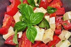 salad, vegetarian food, caprese salad, mozzarella, food, dish, dairy product, basil, cuisine, feta, cheese,