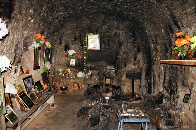 εντός κατακόμβης Αγίας Σολομωνής