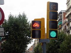 signage, light fixture, signaling device, sign, street sign, street light, display device, lighting, traffic light,