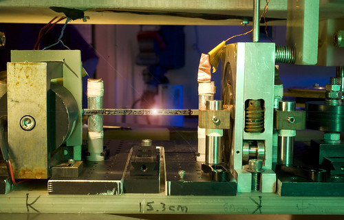 Machine tests tapes for uniformity
