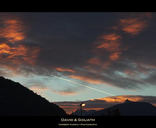 blue light sunset red sky cloud mountain black nikond90 panoramafotográfico afsvrnikkor18200mm13556ged