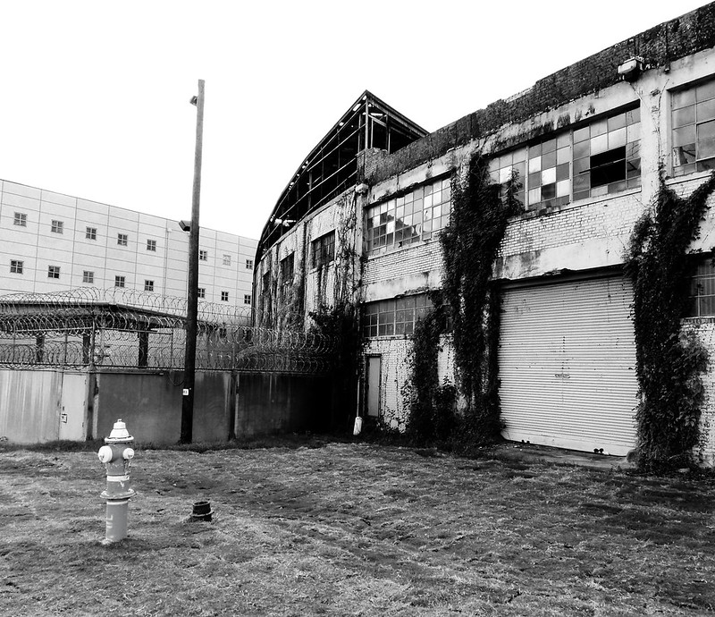 Peden Warehouse, 700 N. San Jacinto, Houston, Texas 0925101249BW