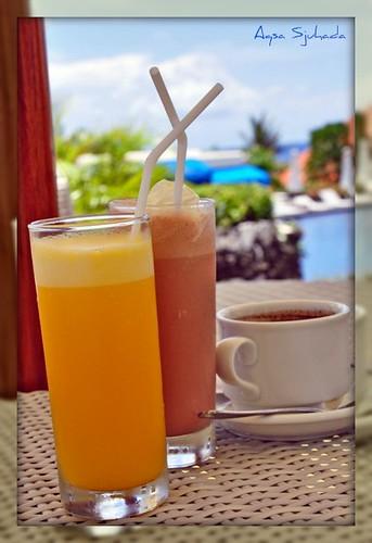 Orange juice, milk shake and peppermint tea