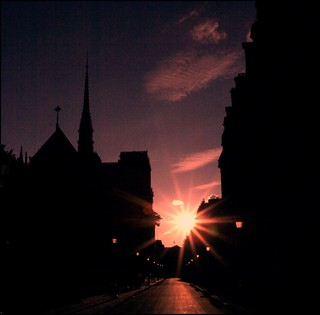 YAS ~ Yet Another Sunset ~ Notre Dame de Paris ~ MjYj