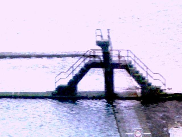 Une piscine d acide a t construite par les pirates sur for Acide cyanhydrique piscine