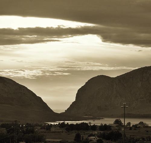 bw landscape lago cielo monti santacristina mieiversi