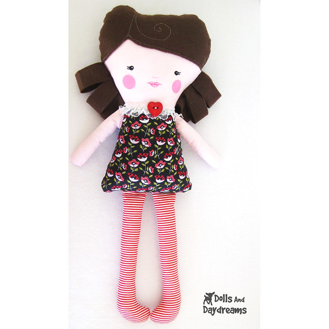 Dolly Donations: Free Easy Beginners Sewing Doll Clothes Patterns!