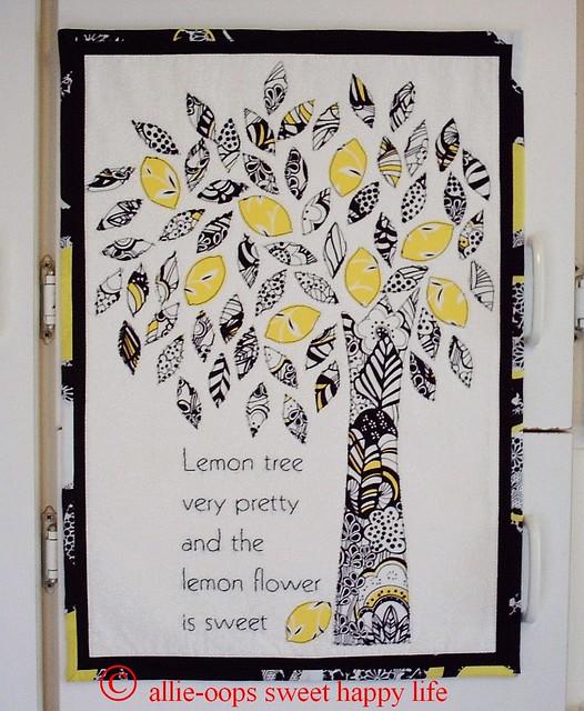 PICT0217 lemon tree2 3