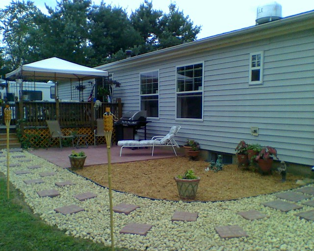 Exterior makeover of rear yard manufactured homes forum gardenweb - Exterior mobile home makeover ...