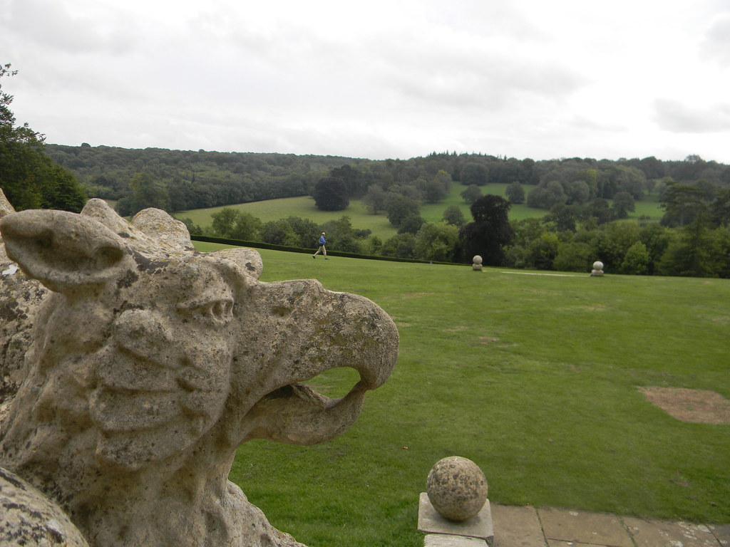 Griffin Polesden Lacey, Effingham Junction to Westhumble. (Missed opportunity to get walker on Griffins nose.)