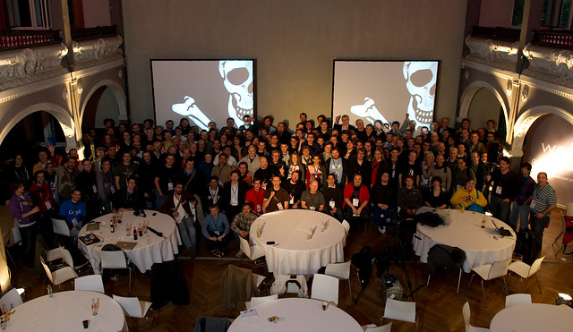 """Photo de famille JSConf.EU 2010"""