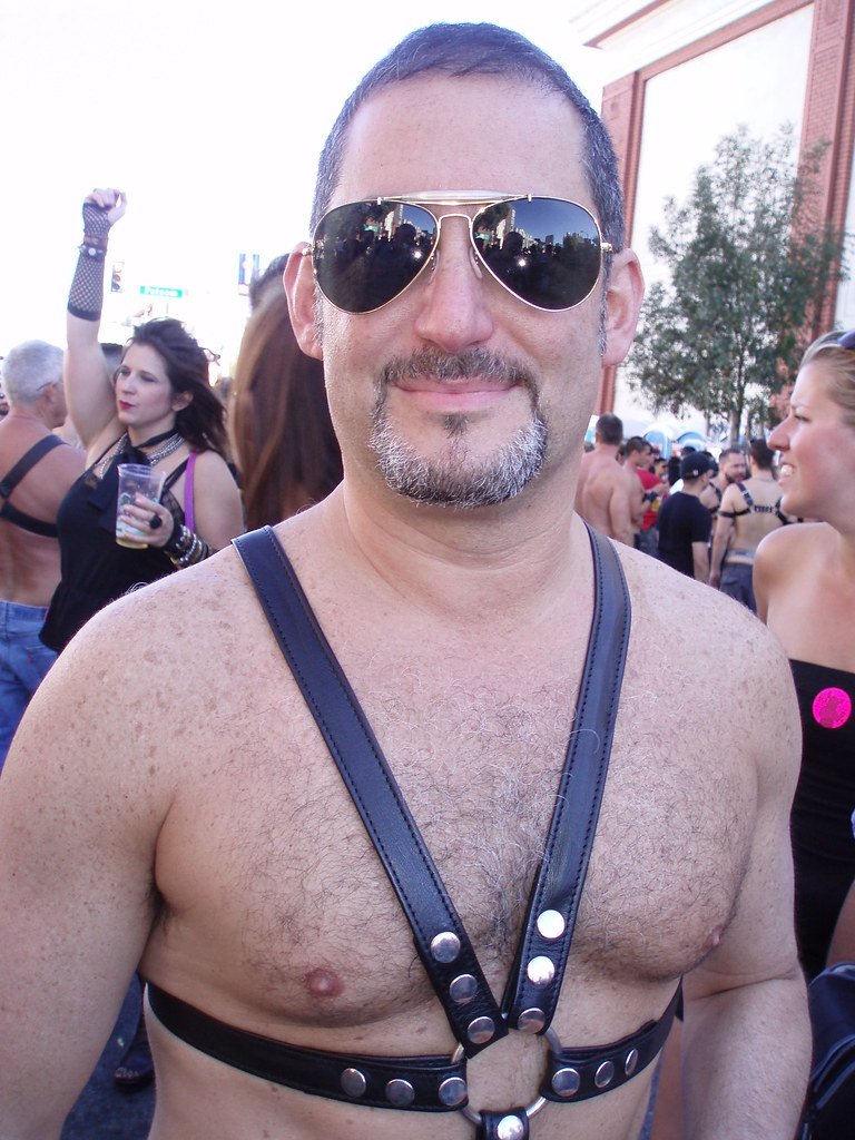 HAIRY & HARNESS HUNK ! FOLSOM STREET FAIR 2010 ! ( safe photo )
