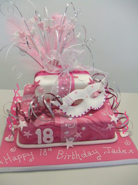 Cake Design 18th Birthday Girl : 5042191861_23a25eaa86_z.jpg