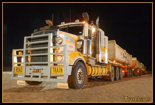 Gould's / IES Kenworth T904 quad road train