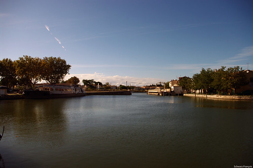 petit port d'aigues morte
