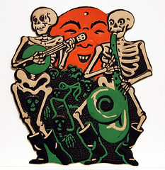 1932-1950s Skeleton Band plays haunted vintage Halloween music on live365 Bindlegrim online radio