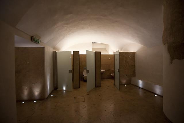Bathrooms at the Uffizi