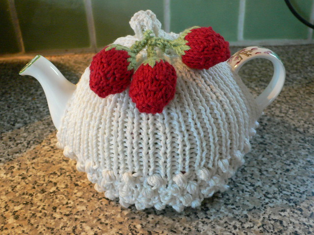 Strawberry Tea Cosy Knitting Pattern : Strawberries & cream tea cozy Pattern in Tea Cozies 2, yar? Flickr - ...
