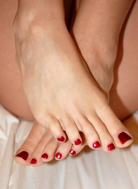 sexy long toenails miss christina Race
