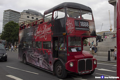AEC Routemaster - SMK 729F - RML2729 - The Jack the Ripper & Haunted London Tour - London 2017 - Steven Gray - IMG_0385
