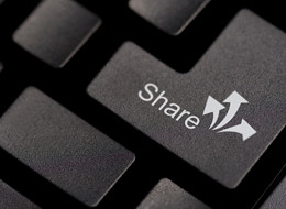 share-computer-key-260