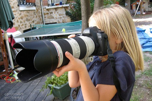 little girl and Canon 5D with 70-200 2,8 II by Prizto