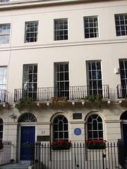 Photo of Virginia Woolf blue plaque