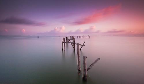 longexposure pink storm water sunrise pier texas purple destruction houston 18thstreet pilings passing ike galvestonbay hurricaneike