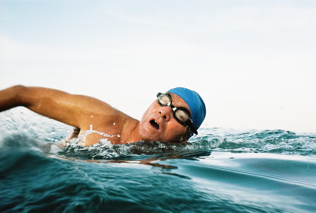 5040334298 8cf33693e9 b This Guide to Surviving Riptides Could Save Your Life This Summer